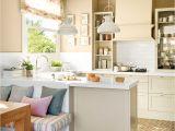 Decoracion De Cocinas Sencillas Y Economicas Pequea A Cocina Con Pena Nsula Y Office Armarios tonos Blancos Y