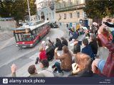 Diner En Blanc orlando Menschen Winken Stockfotos Menschen Winken Bilder Alamy