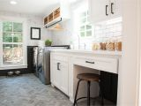 Fixer Upper Paint Colors Season 4 Season 4 Episode 1 In 2019 Laundry Mudroom Pinterest Laundry