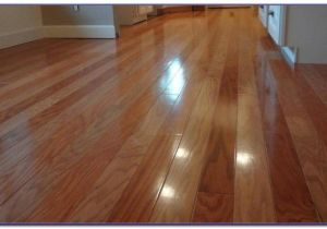 Laminate Flooring Good with Dogs Rubber Flooring Tiles for Dogs Flooring Home Design