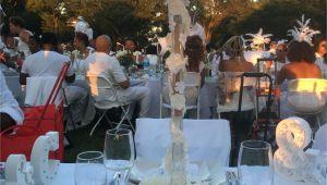Le Diner En Blanc orlando Fl Diner En Blanc Table Setting En Blanc Pinterest Diner En Blanc