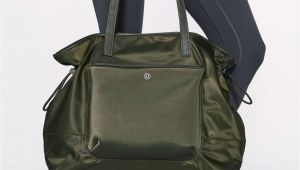 Lululemon Go Lightly Shoulder Bag Lululemon All Set Shopper tote 20l Dark Olive Lulu Wants