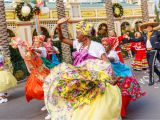 Mesa Holiday Arts and Crafts Festival Disney Festival Of Holidays Disneyland Resort