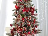 Mickey Mouse Christmas Tree Kit Learn How to Design A Story themed Tree with Disney Floral