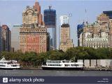 Public Park In Manhattan New York Skyline Von Lower Manhattan Am Battery Park World Trade Center Bau