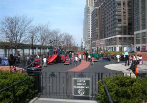 Public Park In Manhattan On An Old Railway Riverside Park Manhattan New York Ny Cruisebe