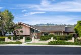 Residential Architects Los Angeles Ca the Brady Bunch House Brings On Nostalgia as It Hits the Studio City