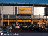 Superstore Leamington Click and Collect Halfords Bicycle Stock Photos Halfords Bicycle Stock Images Alamy