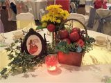 Table Centerpiece Ideas for Quinceaneras Snow White Centerpiece Wedding Stuff In 2019 Snow White Wedding