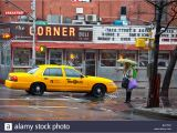 Yellow Cab Seattle Wa Number Taxicab Stock Photos Taxicab Stock Images Alamy
